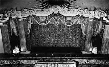 Fox West Coast Theatre's redecoration, utilizing large amounts of drapery, following the August 1948 stagehouse fire (JPG)