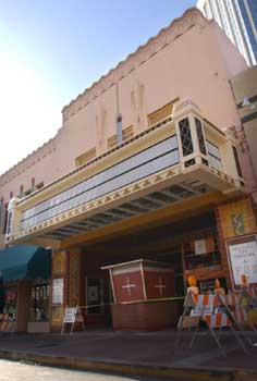 The theatre's new marquee as photographed on 17th March 2002 and printed in the <i>Arizona Daily Star</i> (JPG)